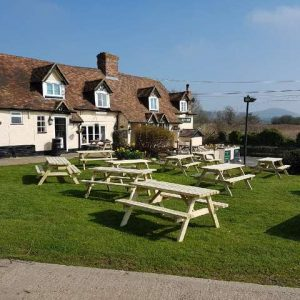 Pub Tables / Picnic Tables at the Drum Inn, Ashford. Wholesale Picnic Benches from Wells Timber