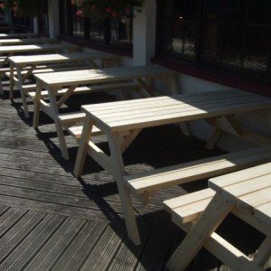Pub Garden Tables | Cafe Picnic Tables | Picnic Tables hand built by Wells Timber Products