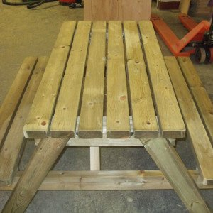 4 Seat Picnic Bench / 4 Seat Picnis Table from Wells Timber Products